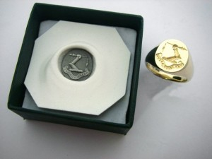 a-w-seal-engraved-signet-ring-2